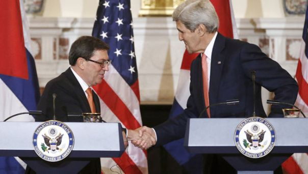 John_Kerry-Bruno_Rodriguez-relaciones_diplomaticas-EEUU-Cuba_MDSIMA20150720_0249_21